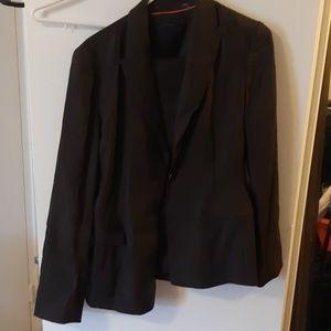 Elie tahari pants suit